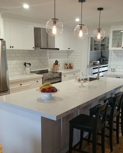 White Cabinets and Bench Kitchen Renovation Bunja Group