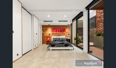 bedroom renovation with built in wardrobe by bunja maintenance and painting melbourne